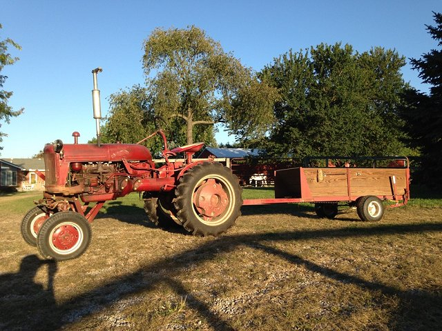 1949 Cub with Manure Spreader
